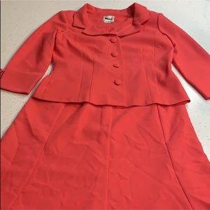 Leslie Fay coral suit - skirt and blazer